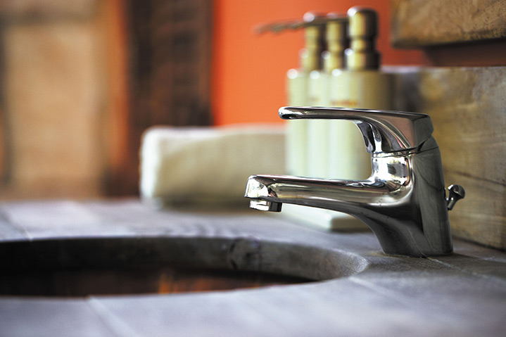 A2B Plumbers are able to fix any leaking taps you may have in Muswell Hill.